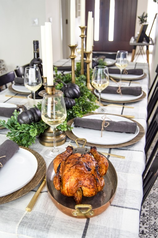 The Thanksgiving season is upon us, and today on the blog I'm sharing my 2019 neutral Thanksgiving tablescape decor!
