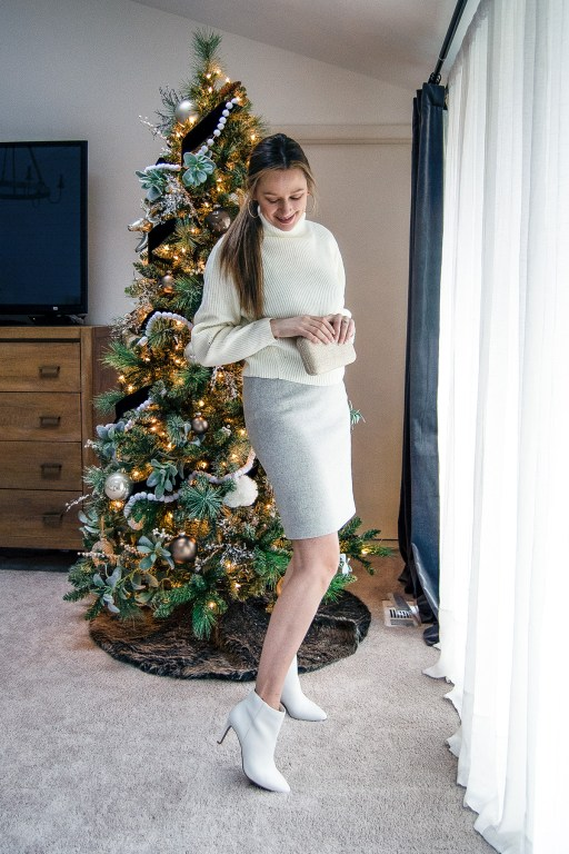 A pencil skirt is the perfect versatile item for the holidays, and in today's post I'm sharing how to style a pencil skirt in three different ways for these cold, snowy days!
