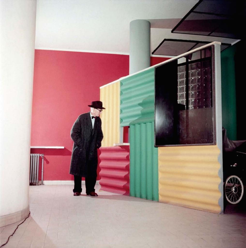24, rue Nungesser et Coli, Boulogne-Billancourt, Hall d'entrée avec le paravent pour poussettes