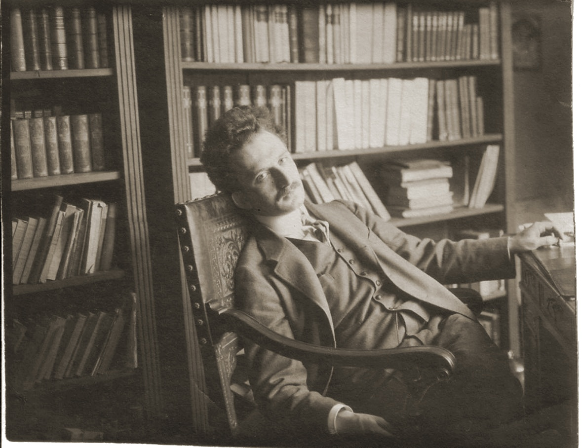 Young Gyorgy.Lukács in his library