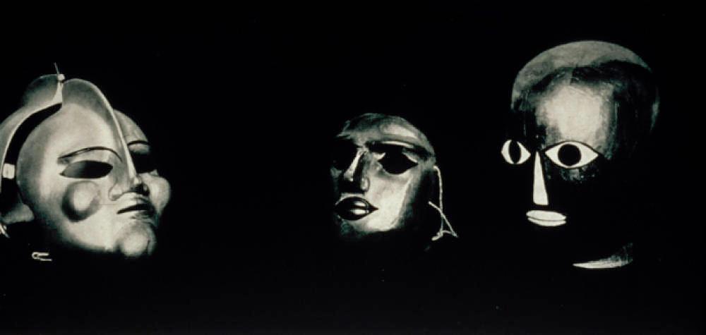Oskar Schlemmer, Bauhaus masks. Photo by Erich Consemüller.