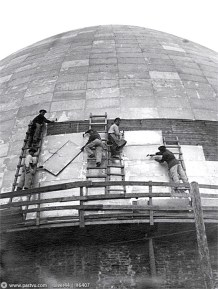 Moscow Planetarium under construction, 1928; Mikhail Barshch, M. Siniavskii, and G. Sundblat, architects.