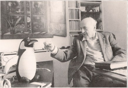 An older Berthold Lubetkin with a penguin
