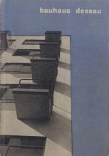 Prospectus 'Bauhaus Dessau' by Herbert and Irene Bayer, 1927 - Printed paper. Stiftung Bauhaus Dessau © VG Bild-Kunst, Bonn, Germany