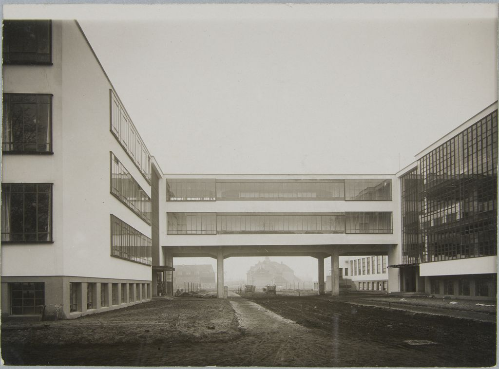 Unidentified photographer Bauhaus Building, Dessau, 1925-1926 f
