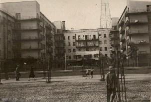 Мы думаем, что снимок сделан в 1930 году (направление съемки − север) 1