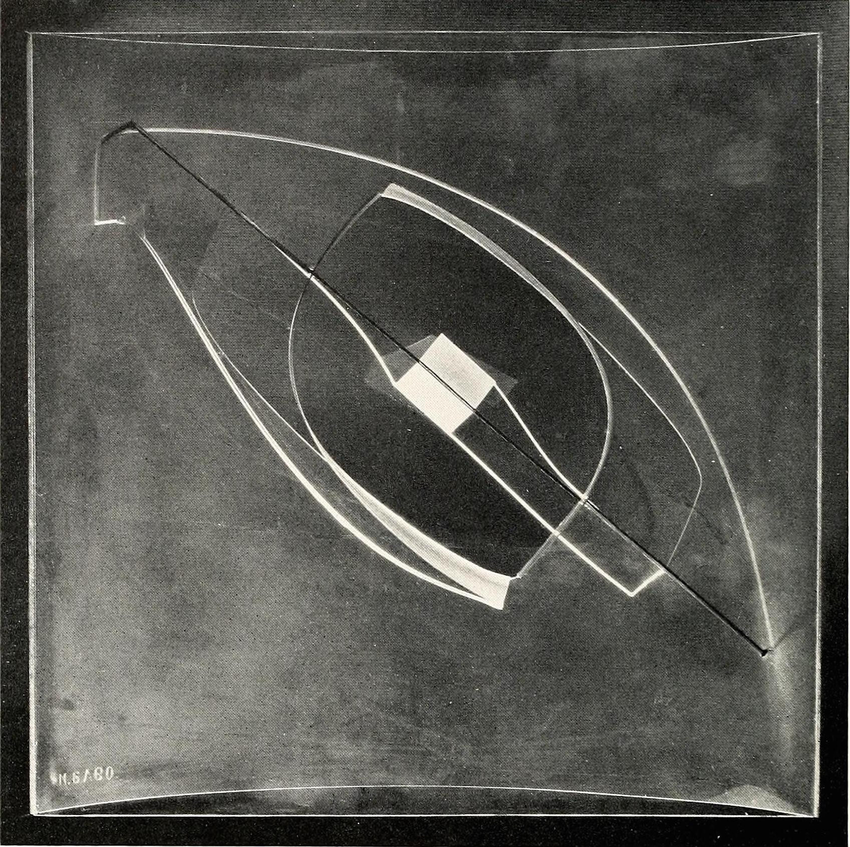 Naum Gabo, construction on a line No 1 (1935-1937) Plastic, 17 inches high