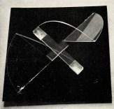 Naum Gabo, square relief (1920), Plastic 17,5 inch square