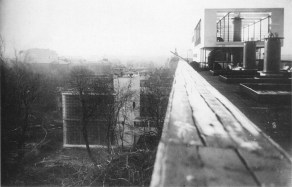 View from the roof garden solarium, with communal block after construction, 1930
