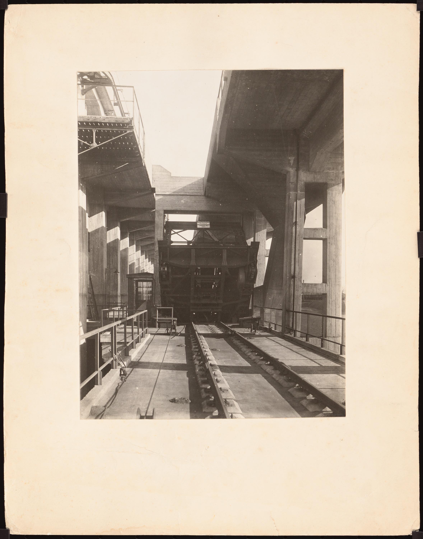 Hans Poelzig (1869-1936) Gaswerk, Dresden-Reick (1916-1918)e