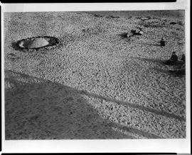 László Moholy-Nagy, Hungarian (Bacsborsod, Hungary 1895 - 1946 Chicago, Ill., USA) Title Strandbild (1929)