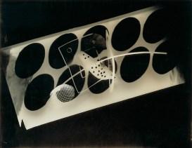 Laszlo Moholy-Nagy (1895 - 1946) Sans titre 1941 Photomontage, épreuve gélatino-argentique sur papier satiné cartonné 27,9 x 36 cm