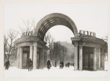 Meyer, Hannes View of the entrance to Dvorets Sovetov (Palace of Soviets, now Kropotkinskaya) metro station, Moscow, Soviet Union, 1935-1954