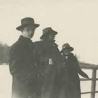 W. Tschekrygin, W. Majakowski und V. Schechtel, 1913 © Majakowski-