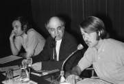 "Midden-Oosten ""Congres van ASVA in Krasnapolsky, Amsterdam; v.l.n.r. Bertus Hendrikse , prof. Maxime Rodinson (docent), ex-ASVA-voorzitter"
