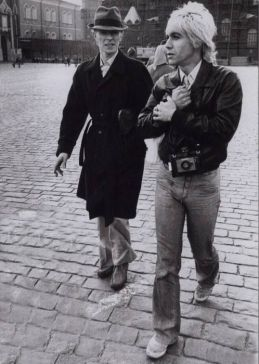 David Bowie and Iggy Pop in Moscow 1