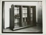 Lucia Moholy, Bookcase by Erich Dieckmann Bookcase (1924-1925)