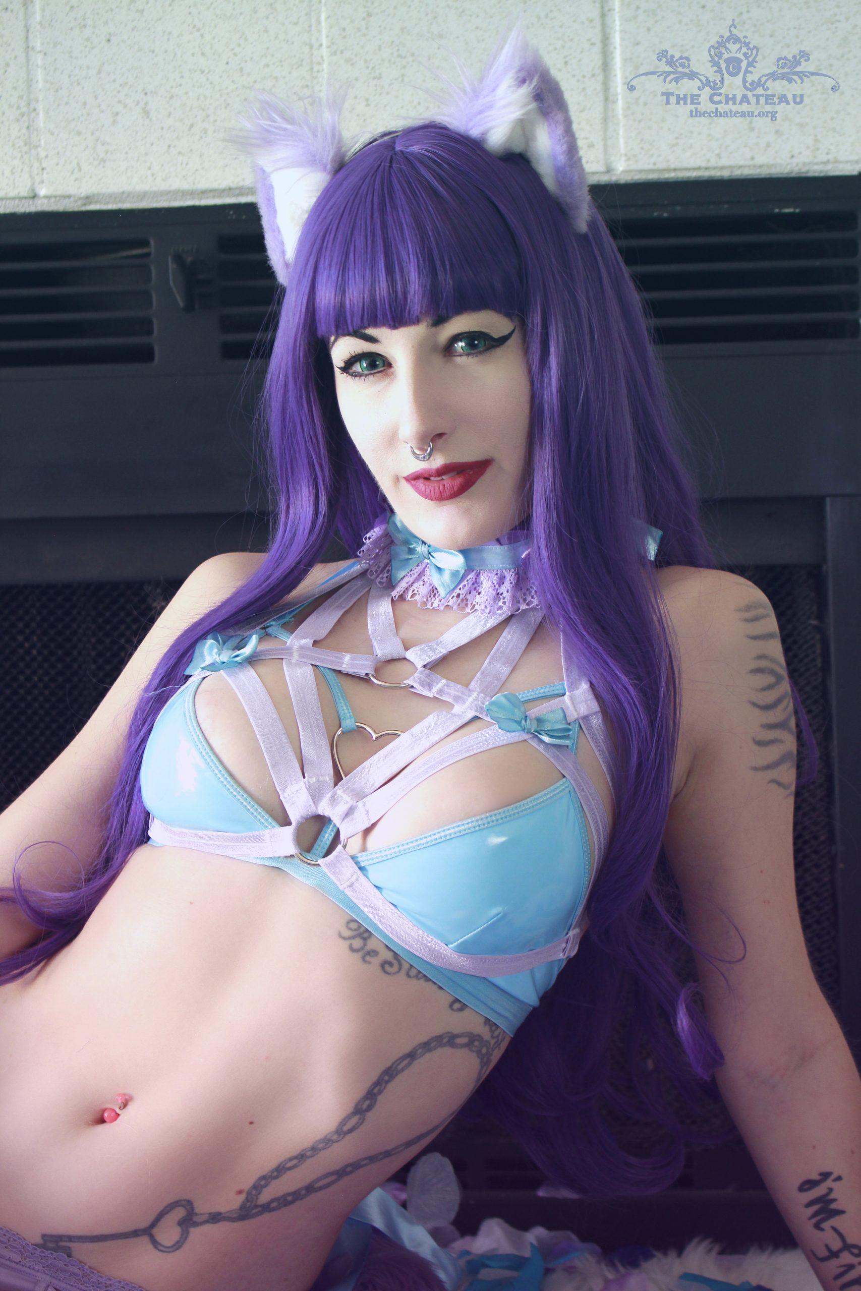 Molly Mayhem – Pretty in Purple post thumbnail
