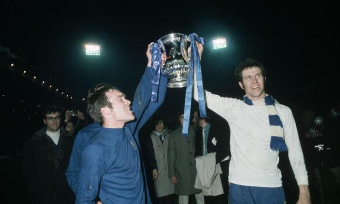 Chelsea's Peter Osgood lifts the FA Cup in 1970.  (Photo by Bob Thomas Sports Photography via Getty Images)