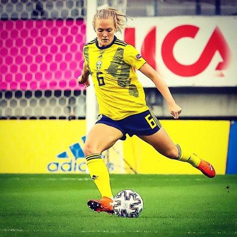 Magdalena Eriksson in action for Sweden Women.