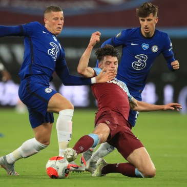 Declan Rice battling against Chelsea in a super display against the Blues last season. (Photo by ADAM DAVY/POOL/AFP via Getty Images)