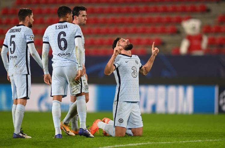 Giroud with the winner. Rennes 1-2 Chelsea
