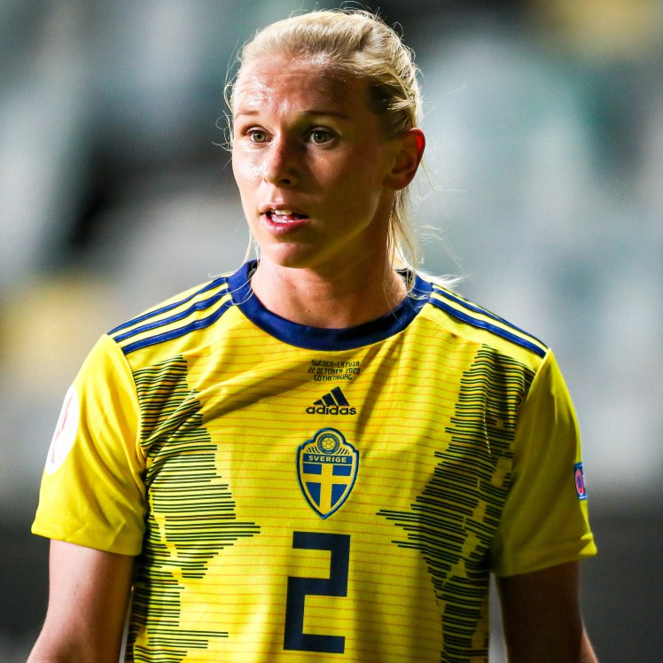 Jonna Anderrson in action for Sweden.