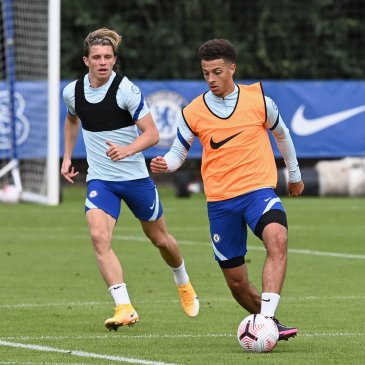 Ethan Amapdu and Conor Gallagher are working to secure their Chelsea futures