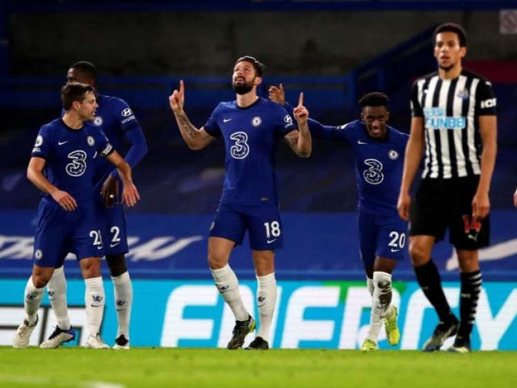 Olivier Giroud opens the scoring for Chelsea v Newcastle. Credit | POOL/AFP via Getty Images