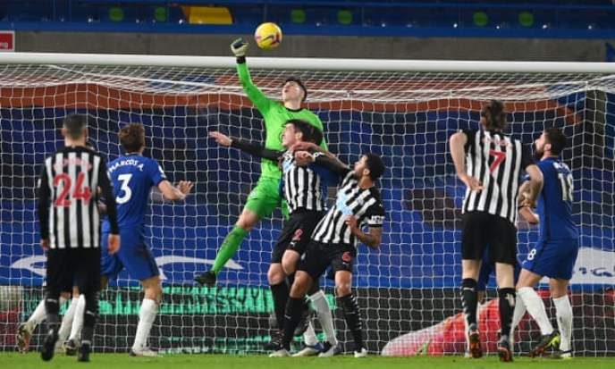 Kepa punching a cross clear as he kept a clean sheet against Newcastle United, Mendy is still our number one pick for Gameweek 25