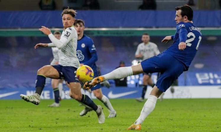 Chilwell's injury-time volley went inches wide which would've given the Blues the win against Villa at Stamford Bridge. Credit | Tom Jenkins/The Guardian