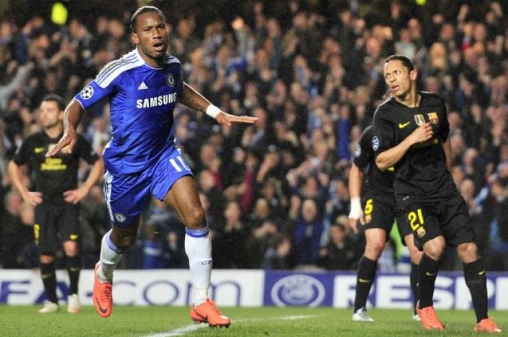 Didier Drogba scores the 1st goal against Barcelona in 2012 Champions League semi-final 1st leg.