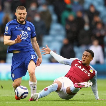 Chelsea edged over the top four line with defeat to Aston Villa. (Photo by Michael Steele/Getty Images)