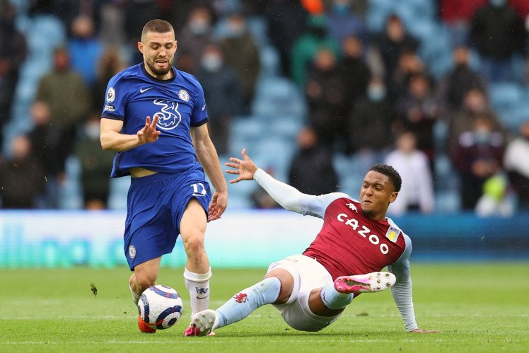 Mateo Kovacic in action in Aston Villa 2-1 Chelsea.