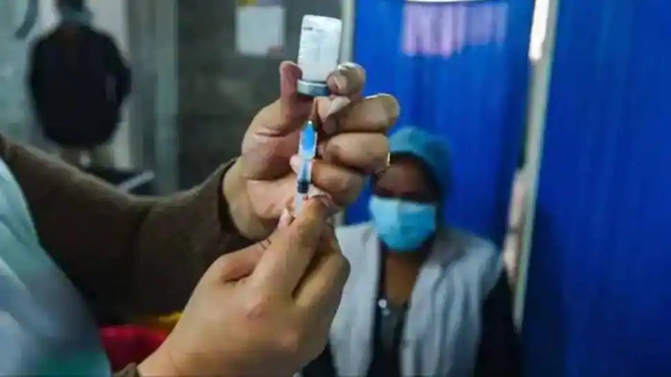 Indiscriminate, incomplete vaccination can trigger new mutant strains: Experts warn PM Modi