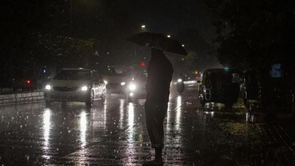 Heavy downpour batters Mumbai, several areas waterlogged- Check local train, traffic updates here