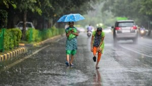 IMD predicts heavy rain over Telangana for next 48 hours, issues red alert for several districts