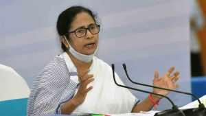 Mamata Banerjee calls on Sonia Gandhi, describes meeting as 'positive'