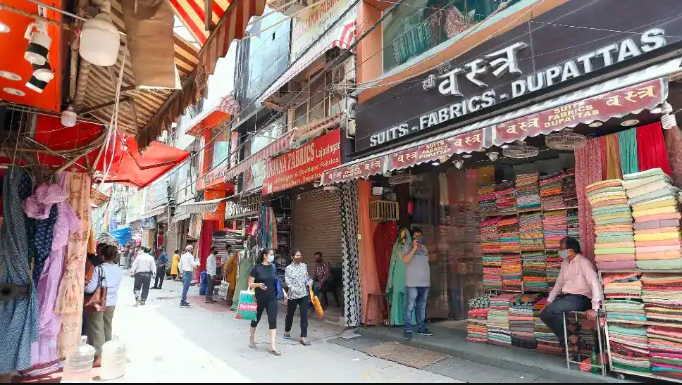 No-squatting zone: HC permits SDMC to conduct survey of squatters in Lajpat Nagar Central Market