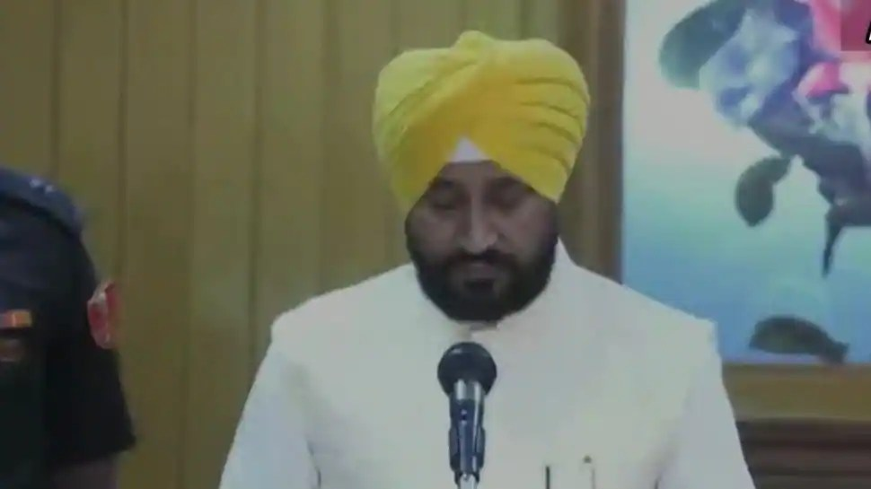 Charanjit Singh Channi takes oath as Punjab CM, Rahul Gandhi attends the ceremony