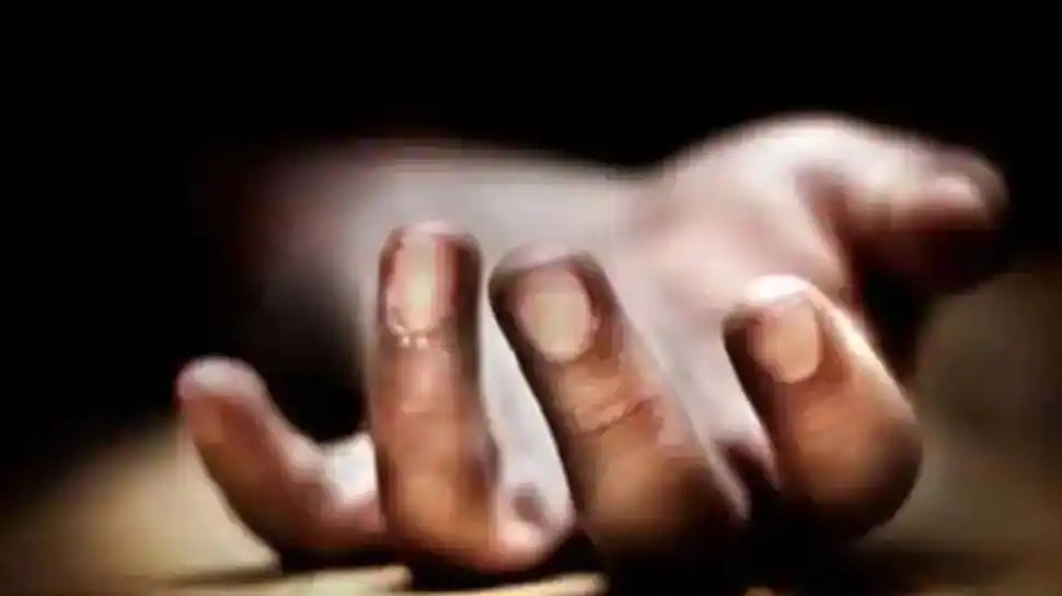 Tragic! 16-year-old Noida boy falls to his death from his sixth floor apartment balcony