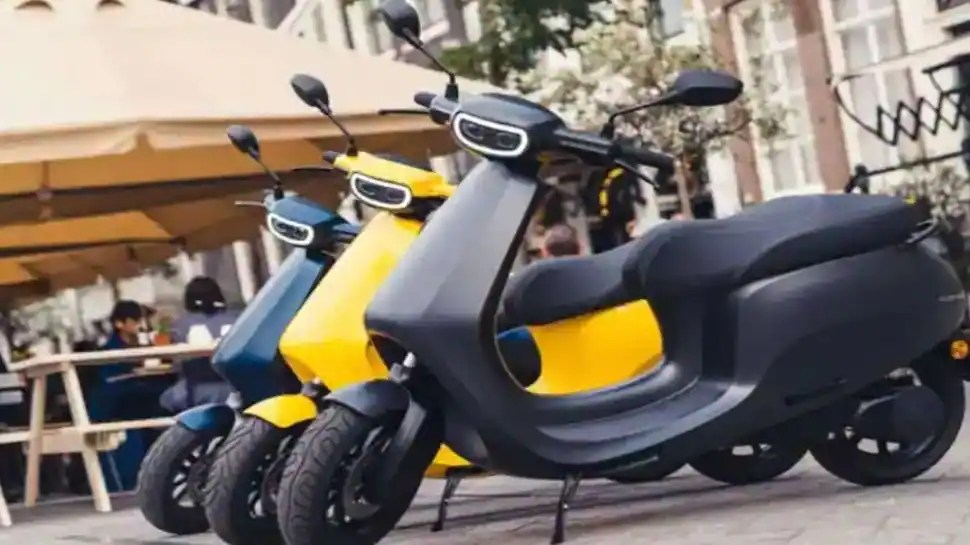 With no charging point, Bengaluru e-scooter owner hauls bike to 5th floor kitchen to recharge, find out more