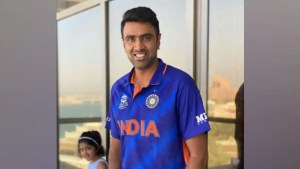 T20 World Cup 2021: R Ashwin flaunts Team India's new jersey, spinner's daughter says THIS