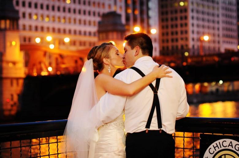 chicago wedding photos river