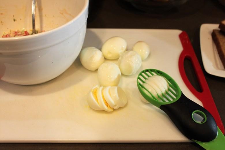 egg salad recipe, easy, home cooking, egg and avocado slicer
