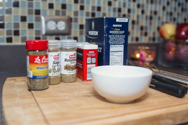 how to throw a friendsgiving with Tony's Fresh market. Including tips and recipes. Brine