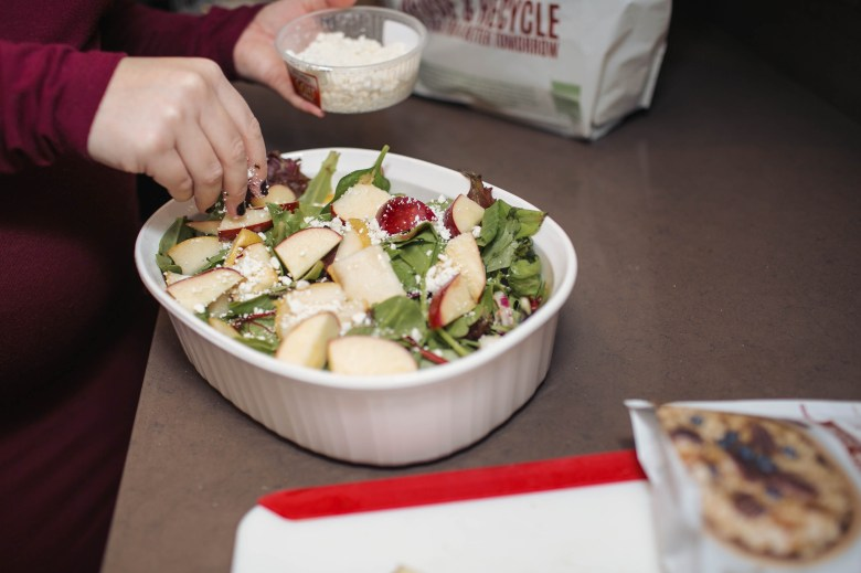 A harvest salad makes a great dish, especially for vegetarians at your Friendsgiving
