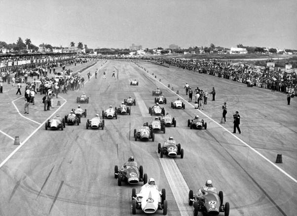Formula Junior start at the 1960 Cuban Grand Prix