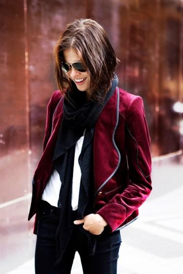 burgundy-wine-velvet-blazer-scarf-skinny-pants-white-tee-shirt-aviators