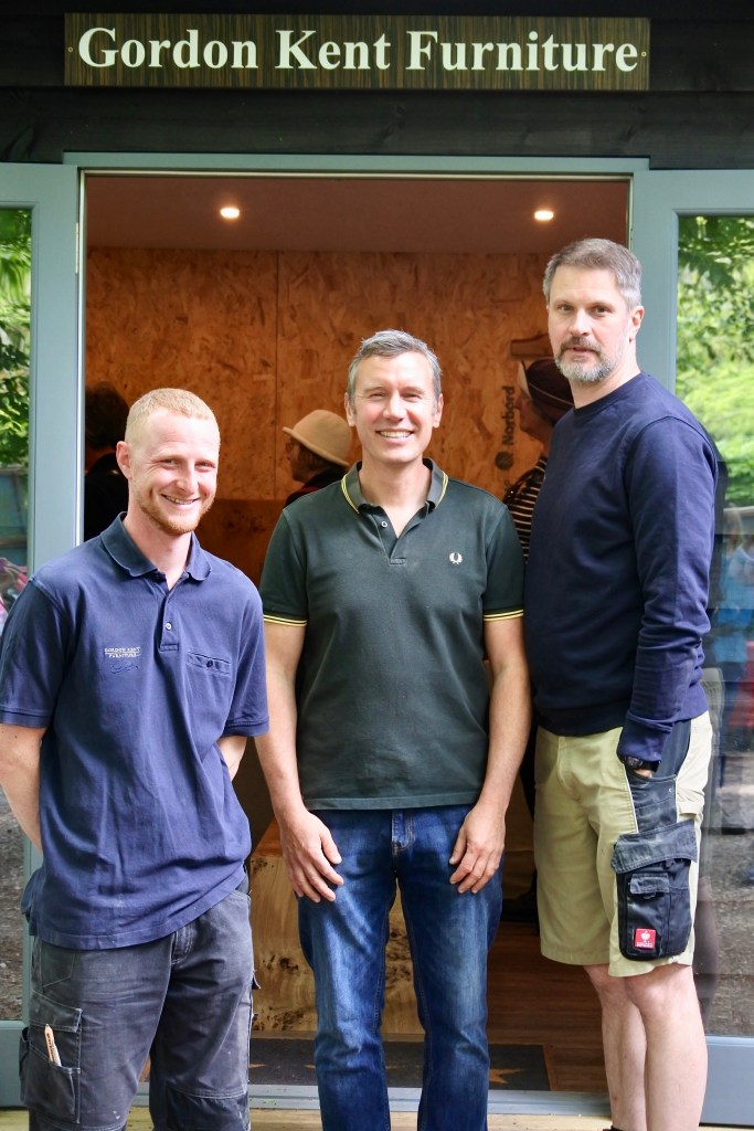 The team of cabinet makers